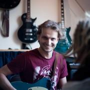 Meindert Bussink, oprichter en gitaardocent Popgilde.